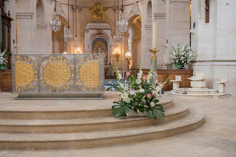 Le choeur fleuri de la Cathédrale